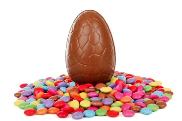 easter-egg-with-candy